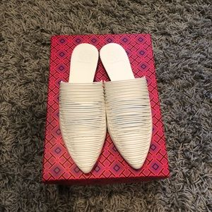 NWT Tory Burch Sienna Flat Size 7 White